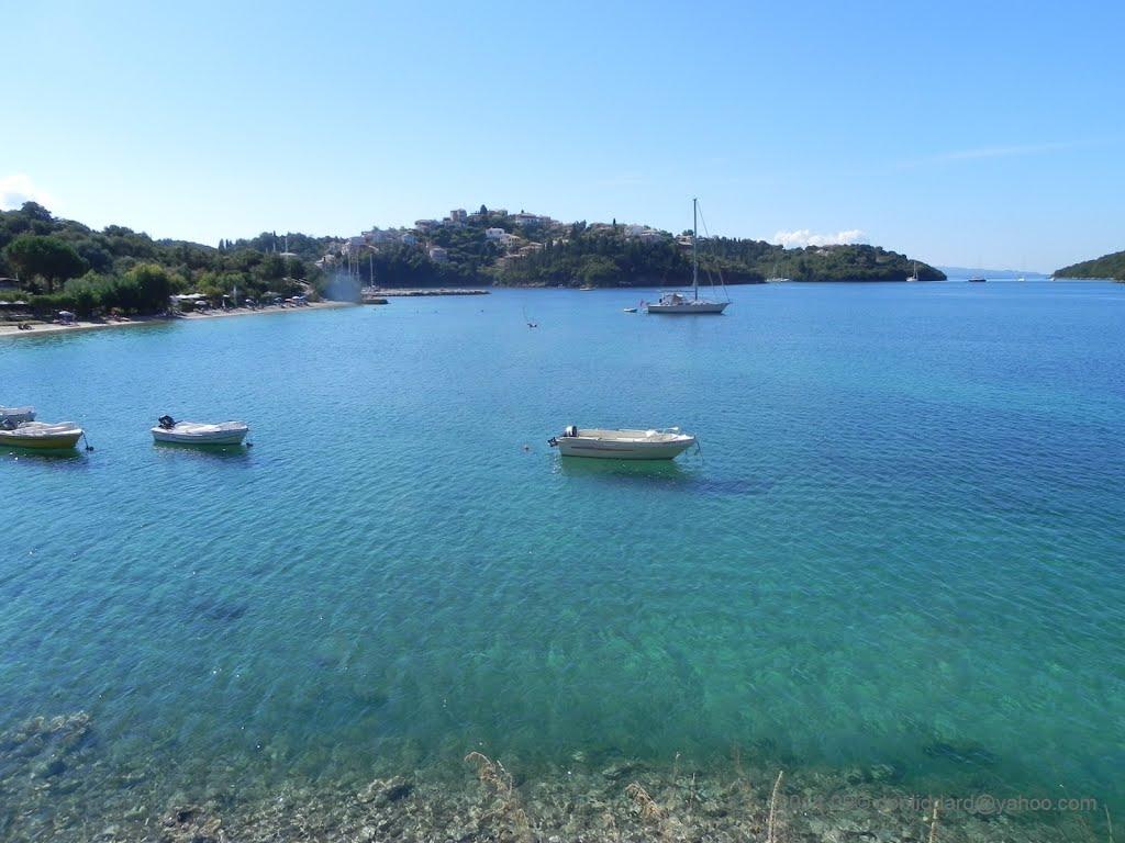 Noleggio Barche Isola di Mourtos - Navalia | Noleggia un Sogno