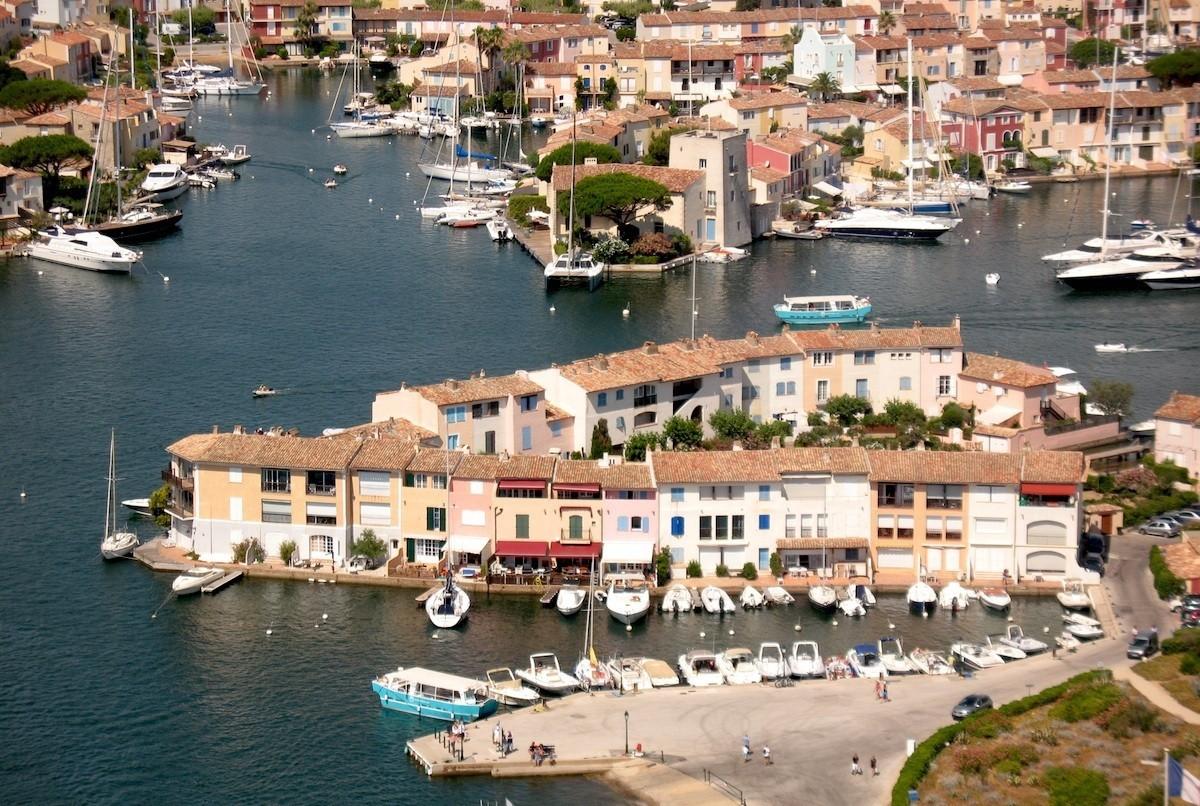 Noleggio Barche Port Grimaud - Navalia | Noleggia un Sogno