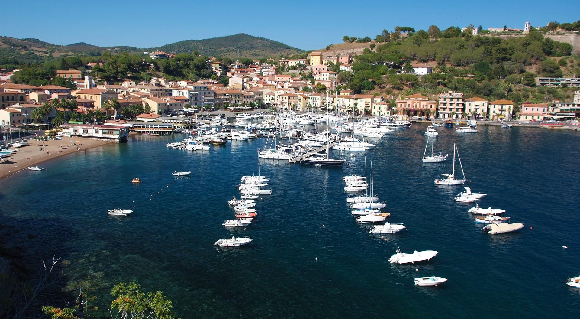 Noleggio Barche Porto Azzurro - Navalia | Noleggia un Sogno