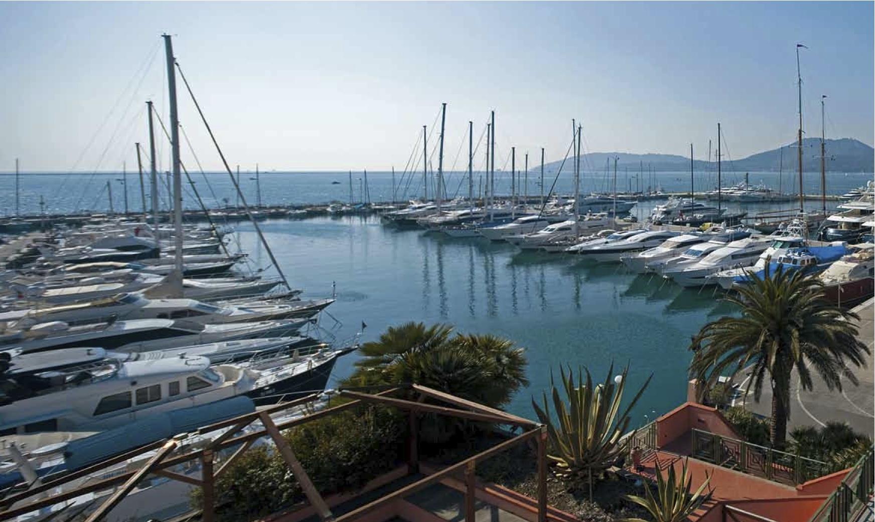 Noleggio Barche Porto Lotti - Navalia | Noleggia un Sogno