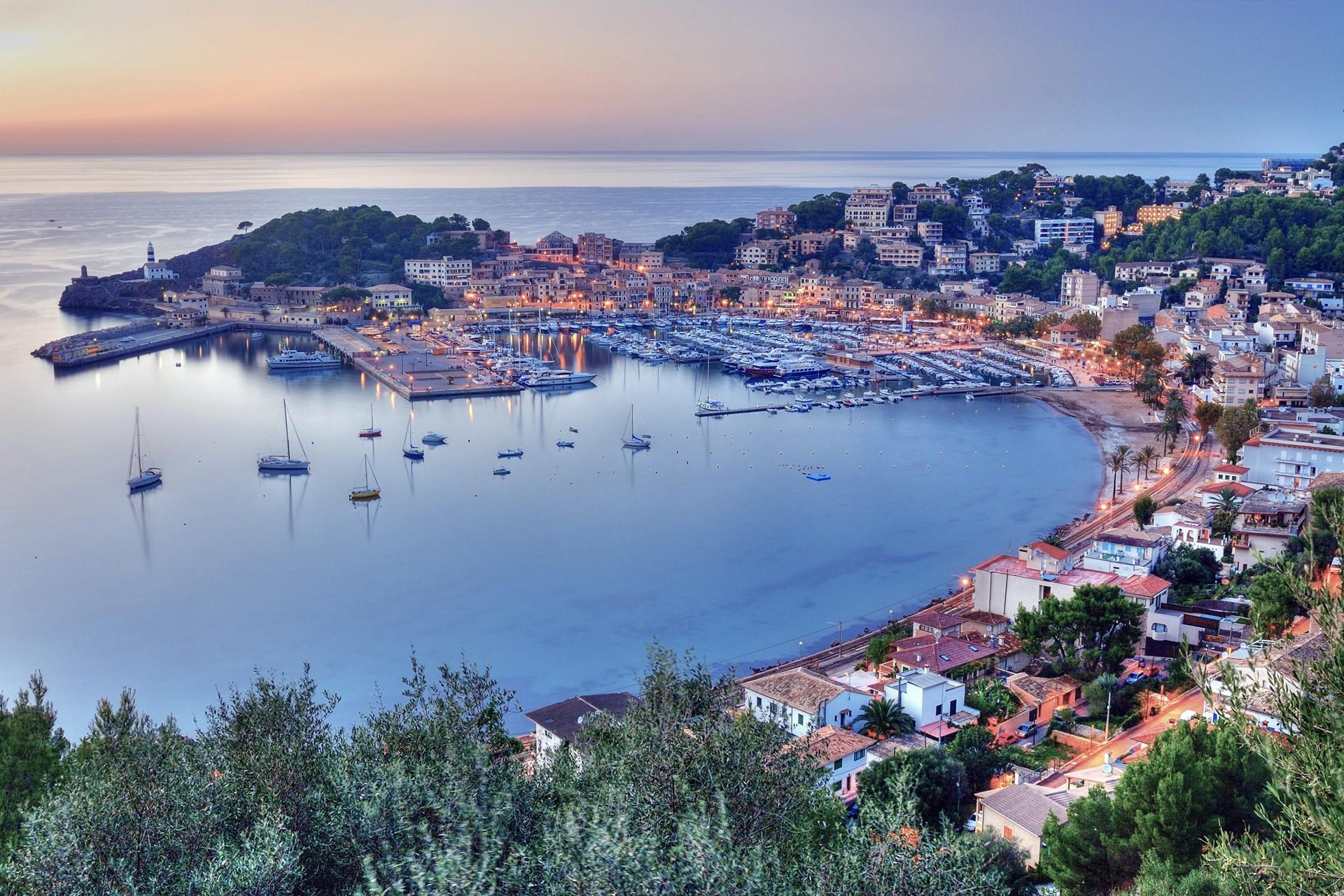 Noleggio Barche Porto Soller – Isola di Maiorca - Navalia | Noleggia un Sogno