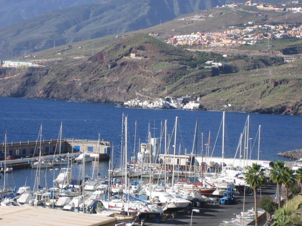 Noleggio Barche Puerto Deportivo Radazul – Isola di Tenerife - Navalia | Noleggia un Sogno