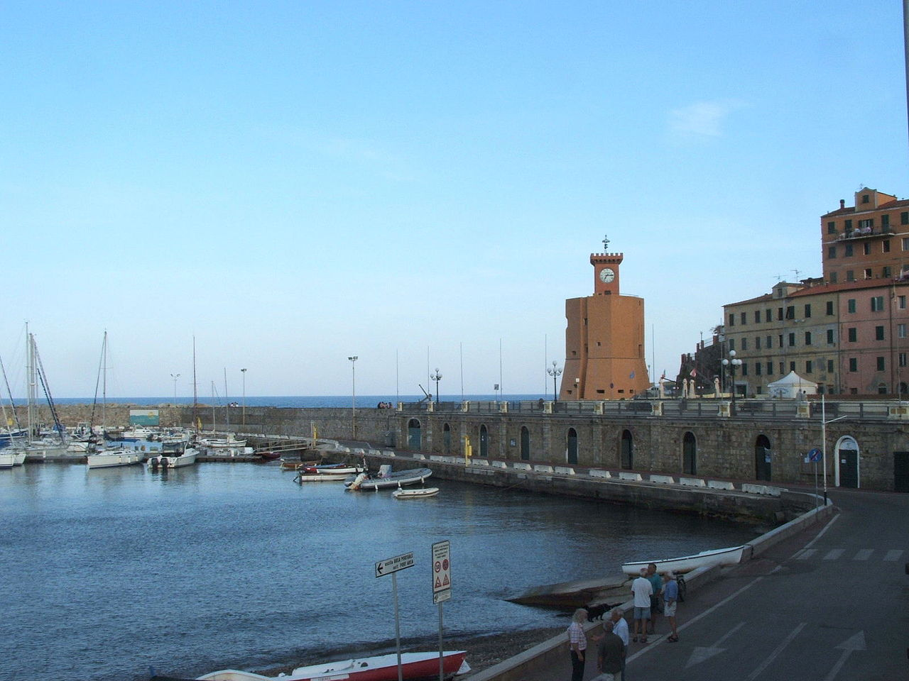 Noleggio Barche Rio Marina - Navalia | Noleggia un Sogno