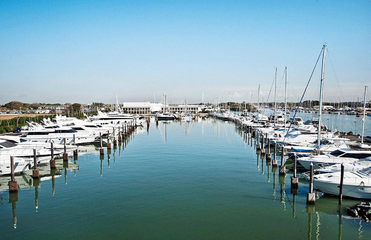 Noleggio Barche Roma - Navalia | Noleggia un Sogno