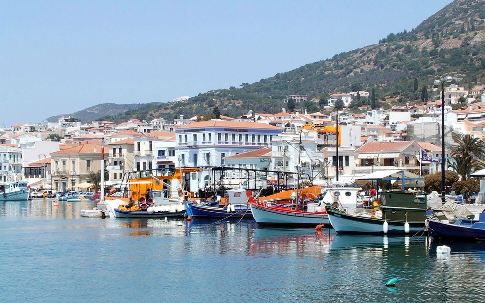 Noleggio Barche Samos – Isola di Samos - Navalia | Noleggia un Sogno