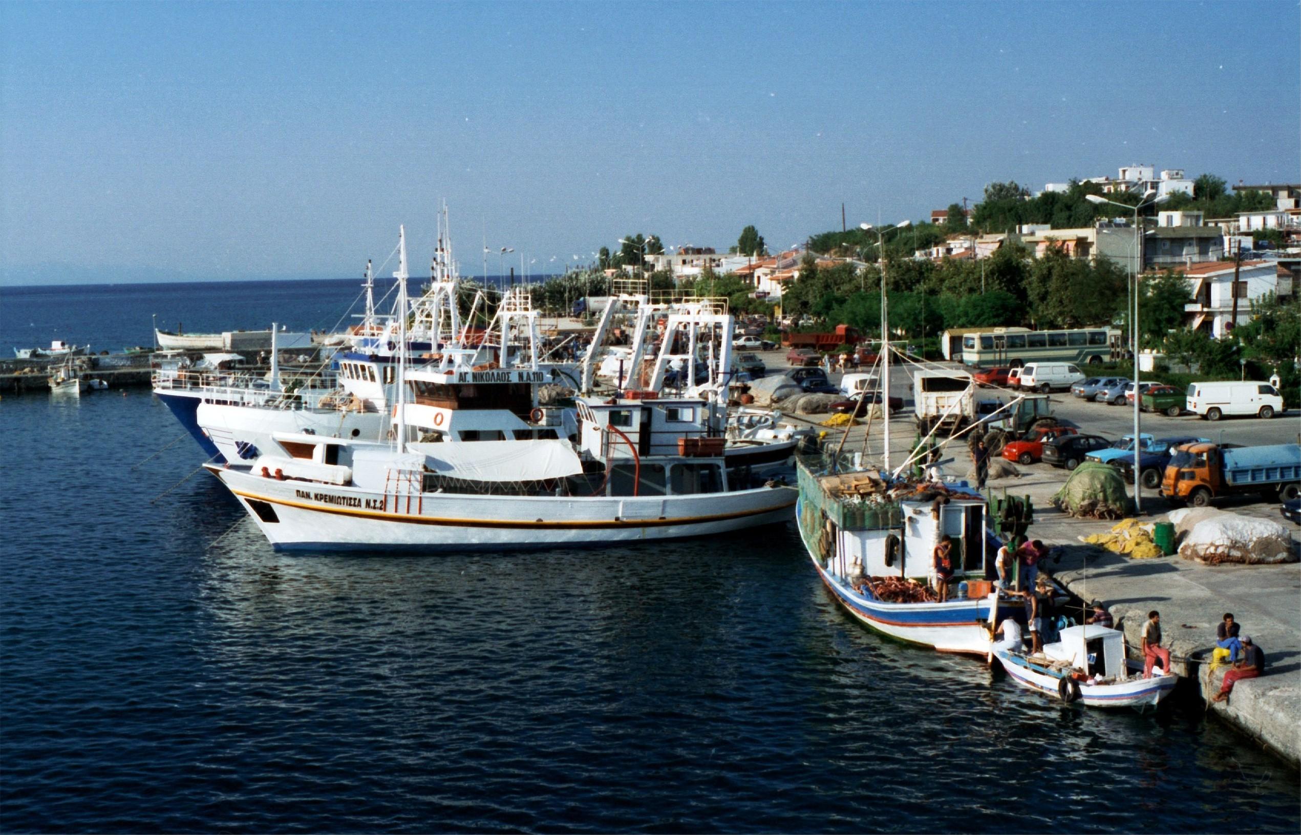 Noleggio Barche Isola di Samothrace - Navalia   Noleggia un Sogno