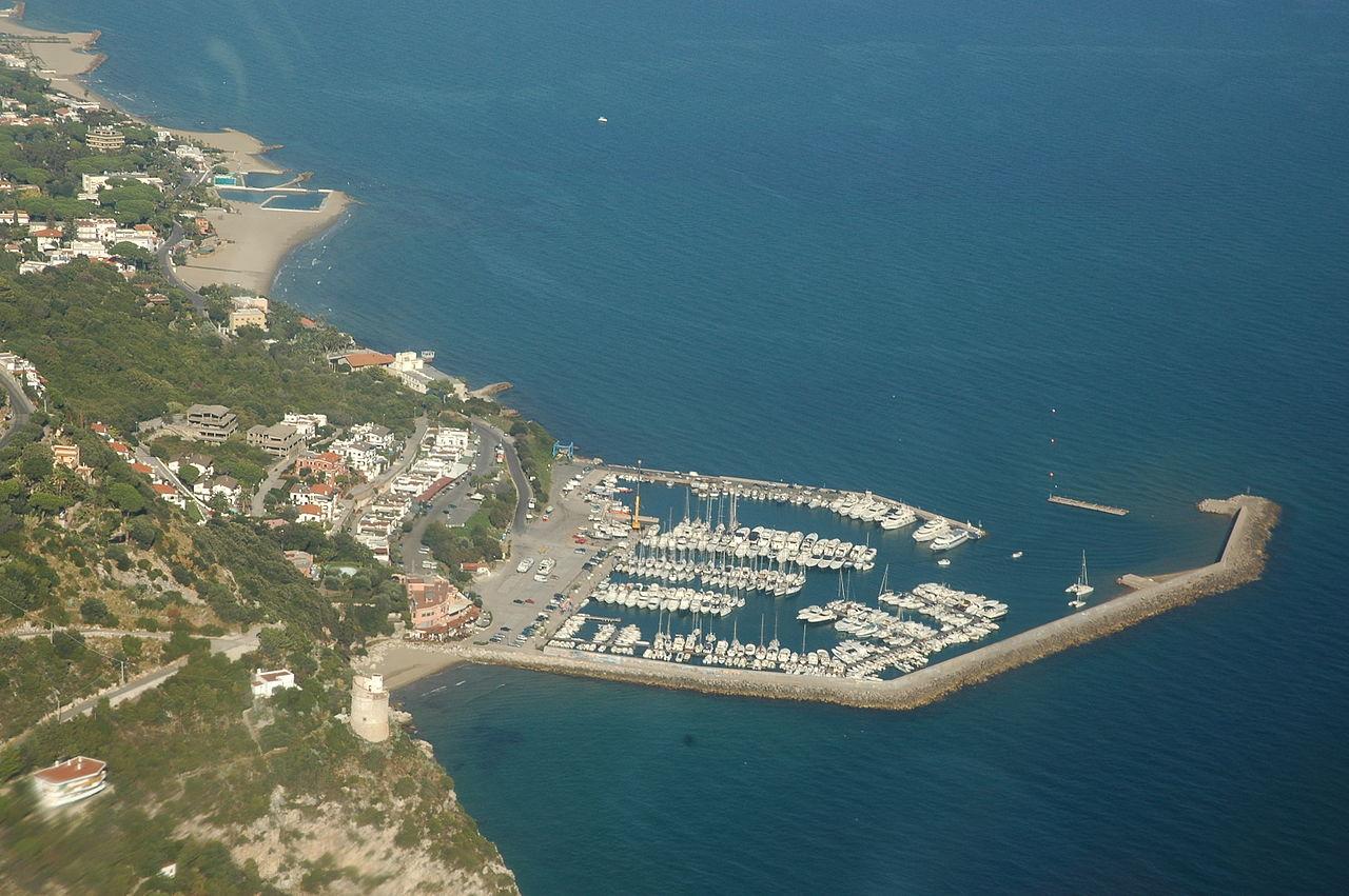 Noleggio Barche San Felice Circeo - Navalia | Noleggia un Sogno