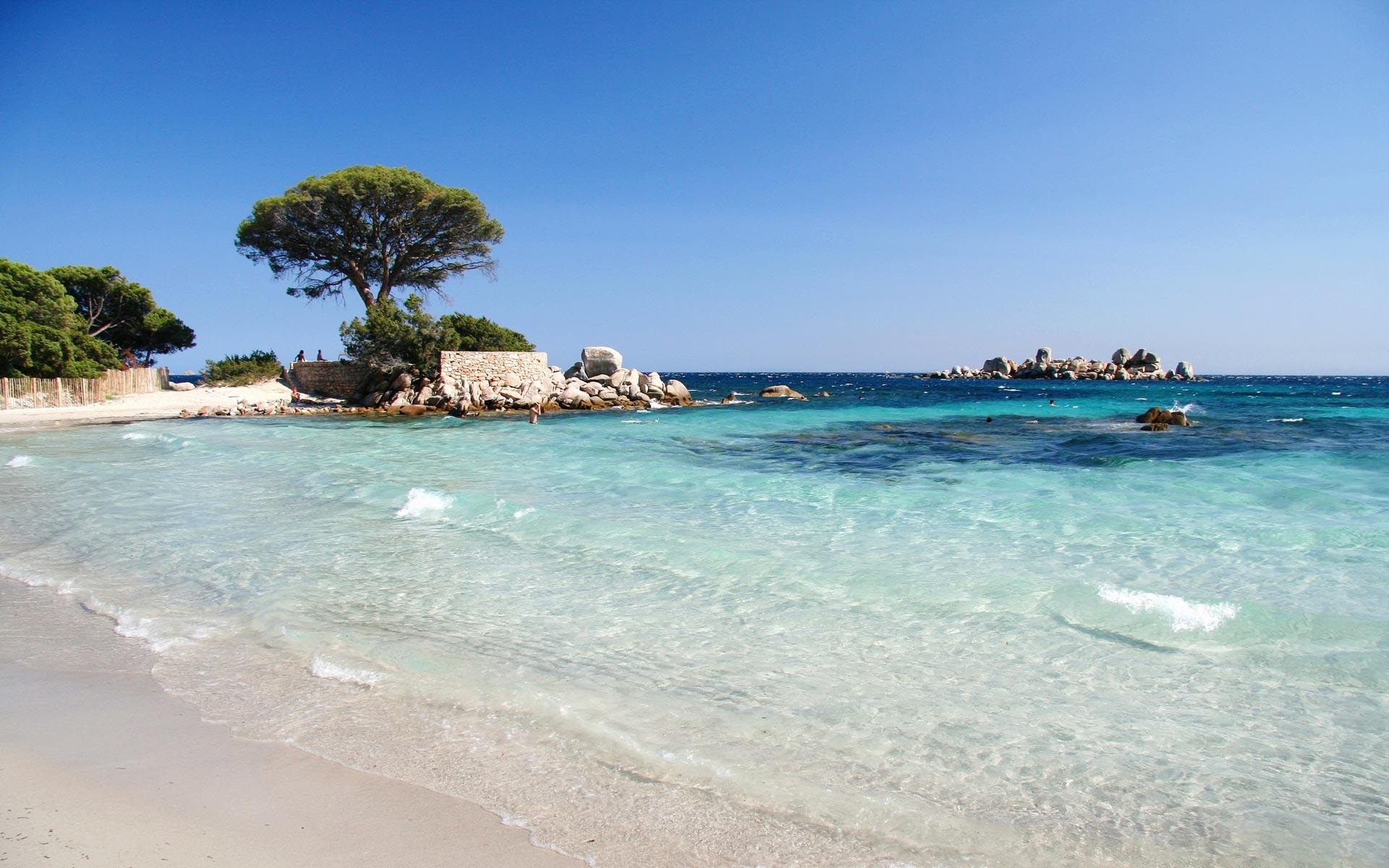 Noleggio Barche Santa Manza - Navalia | Noleggia un Sogno