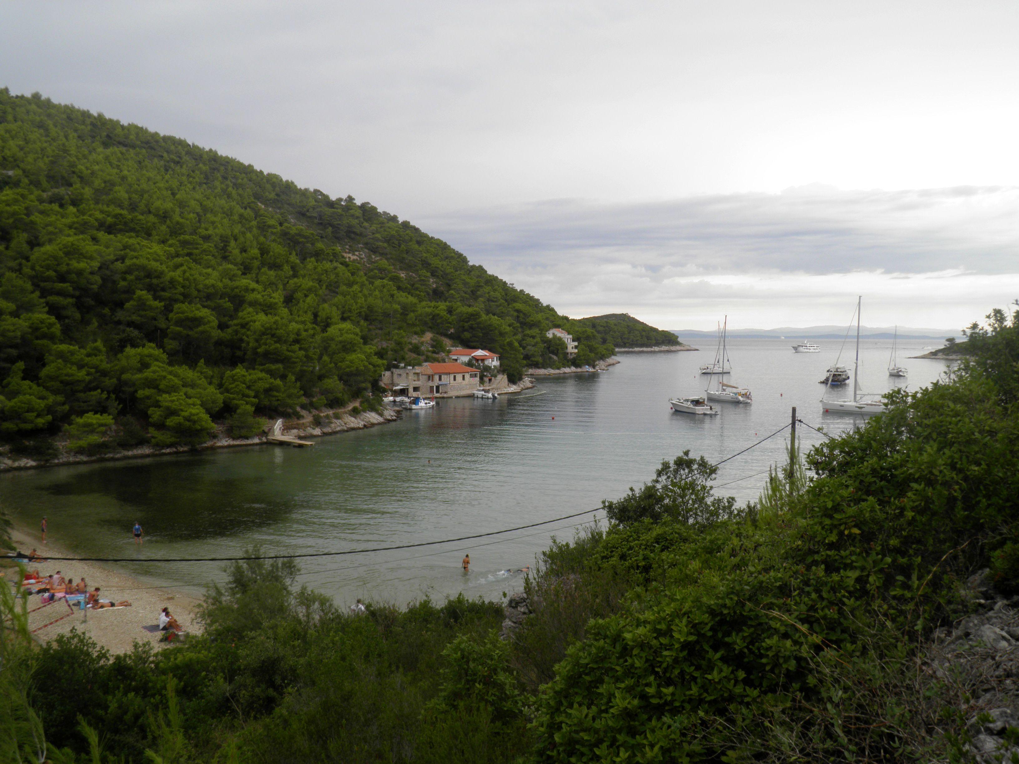 Noleggio Barche Stoncica – Isola di Vis - Navalia | Noleggia un Sogno