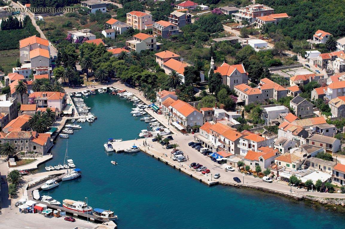 Noleggio Barche Sucuraj – Isola di Hvar - Navalia | Noleggia un Sogno