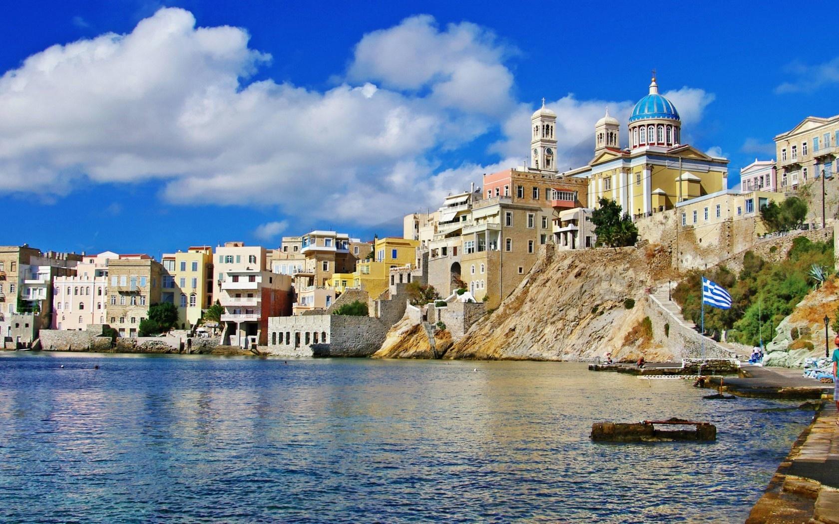 Noleggio Barche Syros – Isola di Syros - Navalia | Noleggia un Sogno