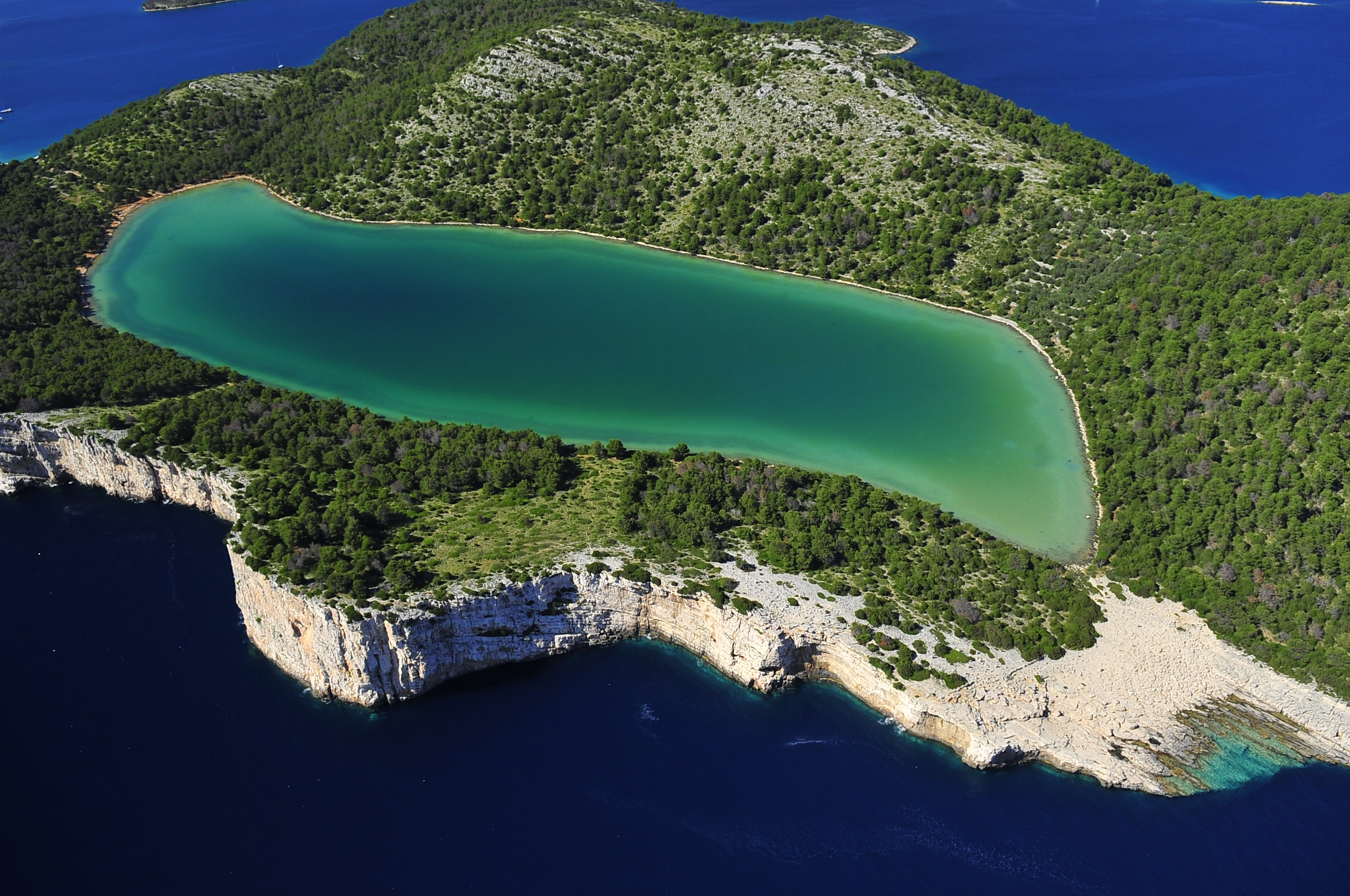 Noleggio Barche Telascica – Isola di Dugi Otok - Navalia | Noleggia un Sogno