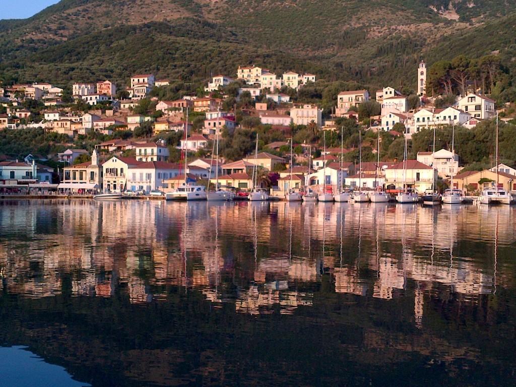 Noleggio Barche Vathi – Isola di Itaca - Navalia | Noleggia un Sogno
