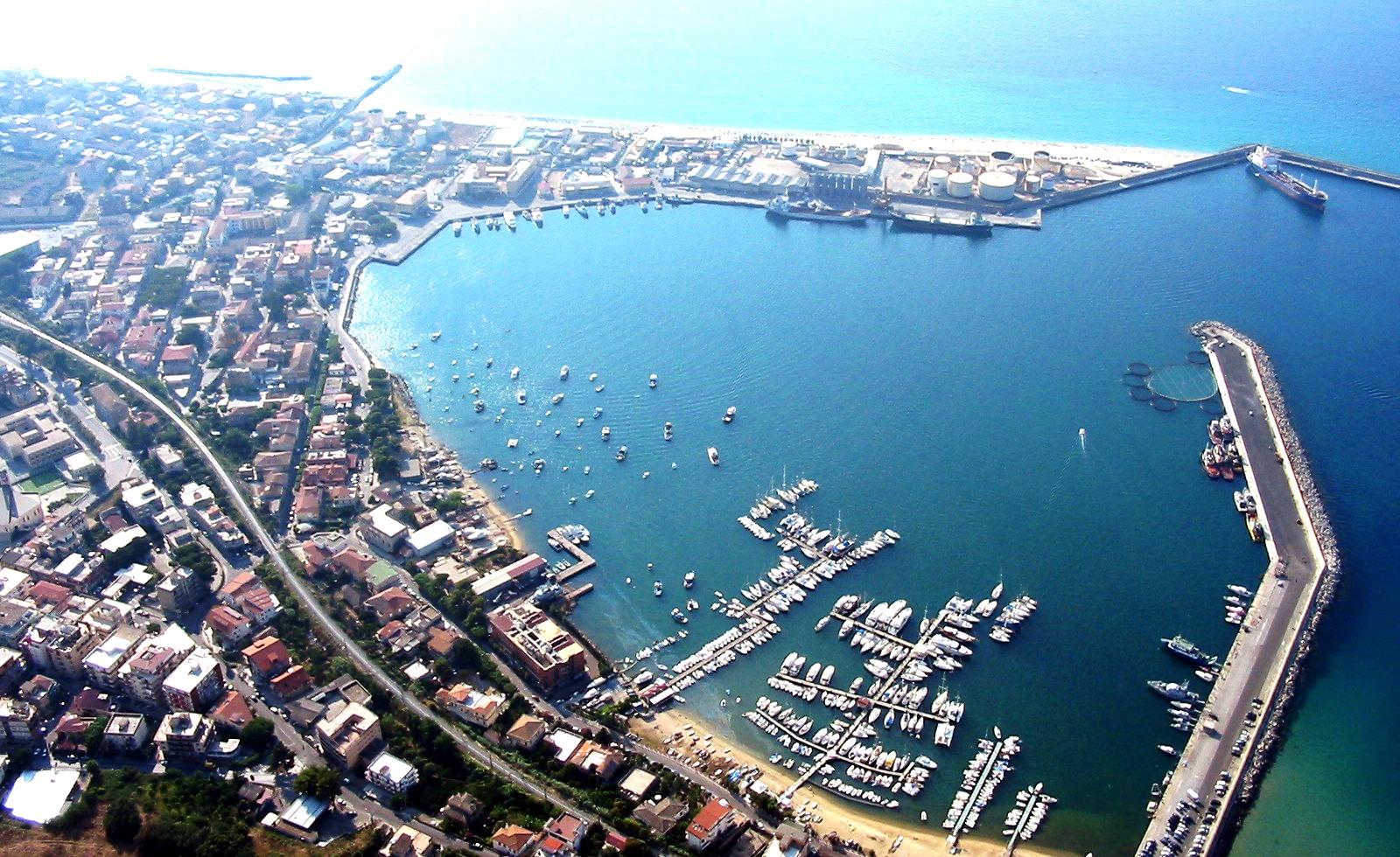 Noleggio Barche Vibo Valentia - Navalia | Noleggia un Sogno