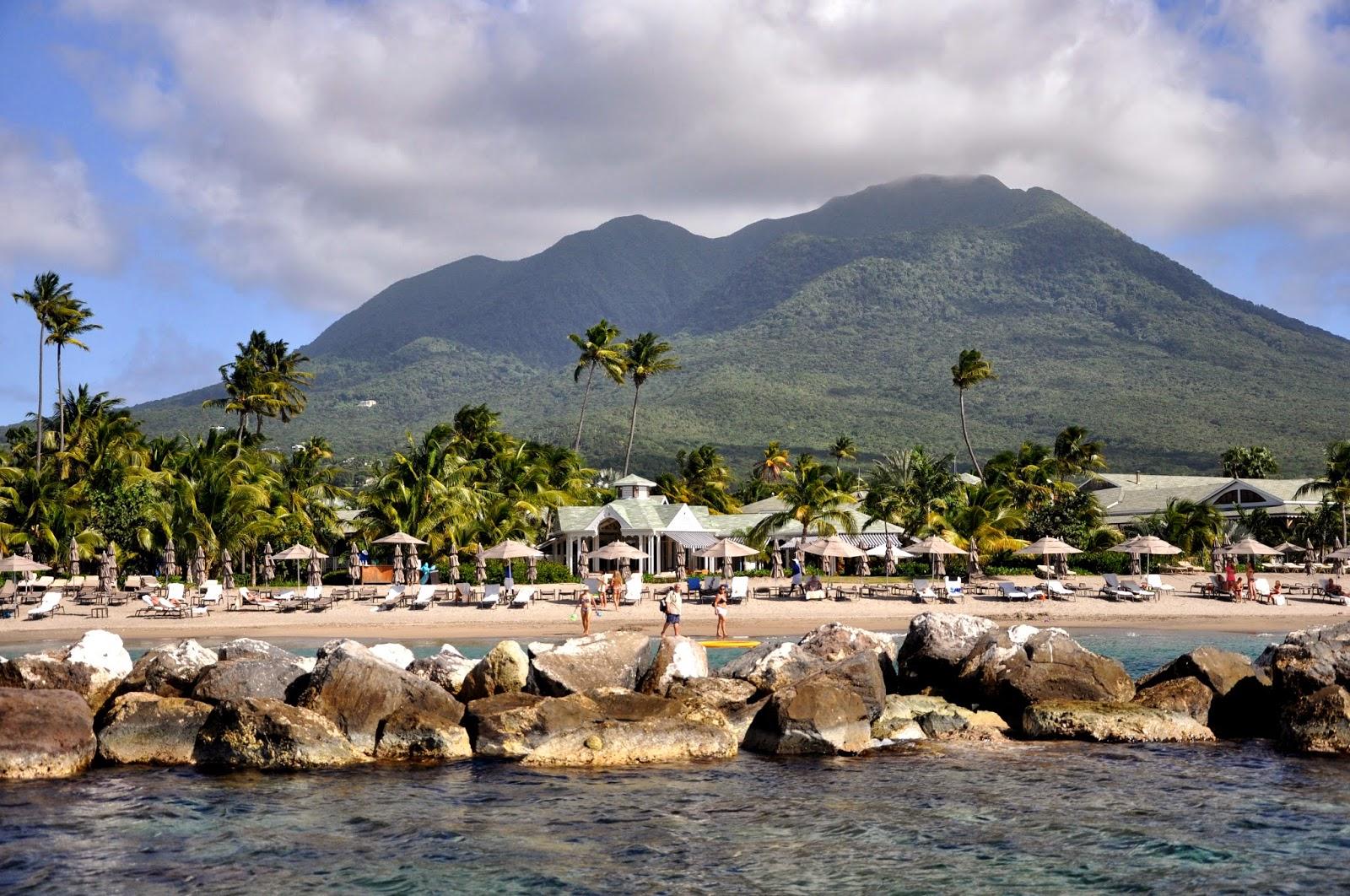 Noleggio Barche Whitrhouse Bay – Isola di St. Kitts - Navalia | Noleggia un Sogno