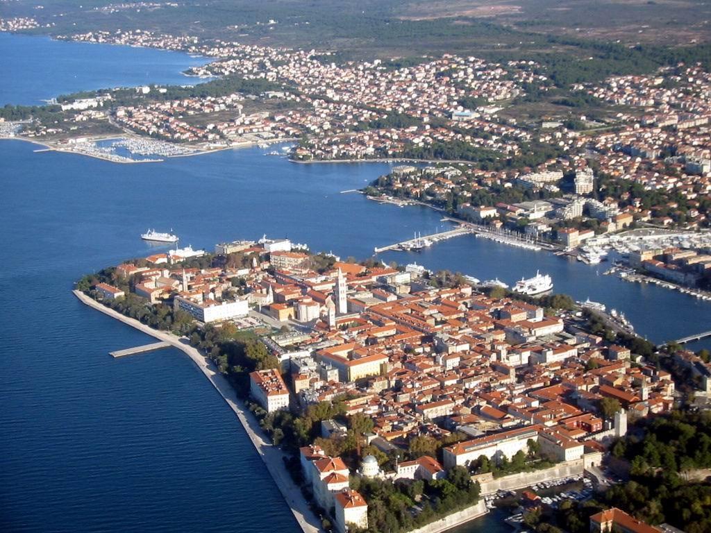 Noleggio Barche Zara - Navalia | Noleggia un Sogno