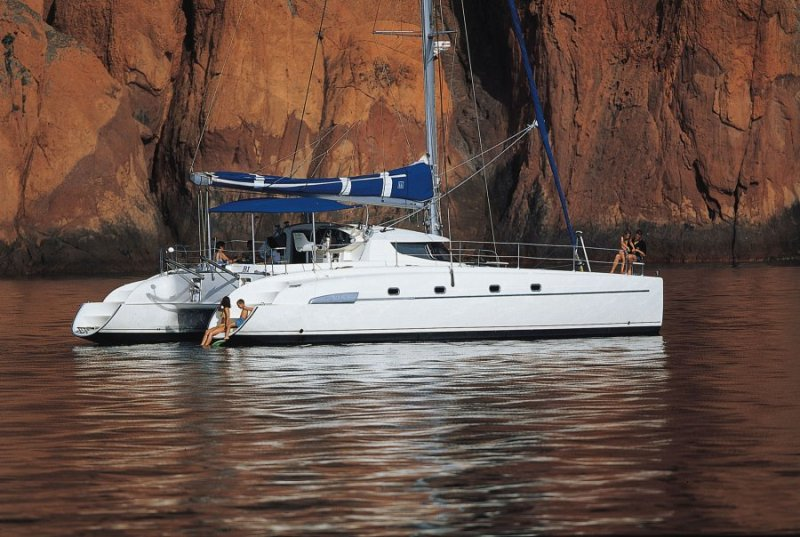 Navalia - Imbarcazione Bahia 46 1