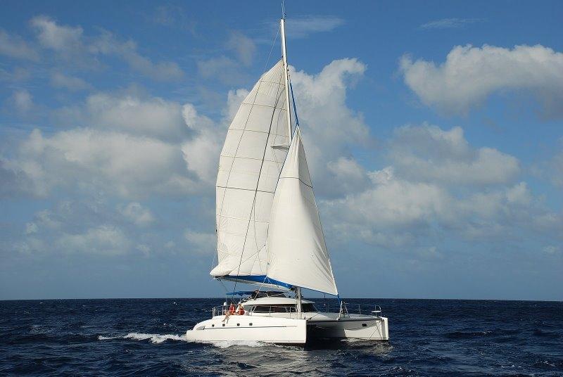 Navalia - Imbarcazione Bahia 46 2