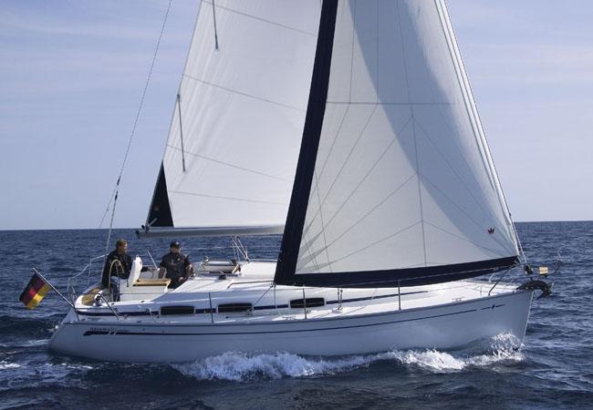 Navalia - Imbarcazione Bavaria 30 Cruiser 1