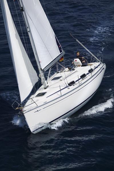Navalia - Imbarcazione Bavaria 30 Cruiser 3