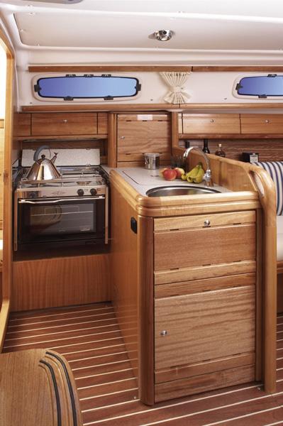 Navalia - Imbarcazione Bavaria 30 Cruiser 7