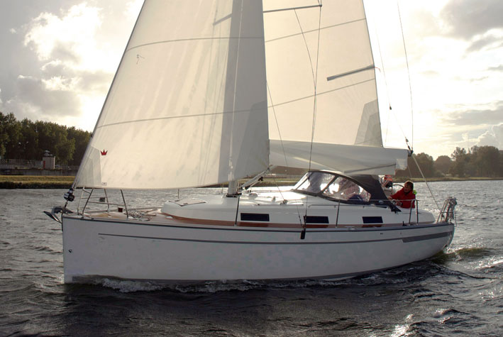 Navalia - Imbarcazione Bavaria 32 Cruiser 2