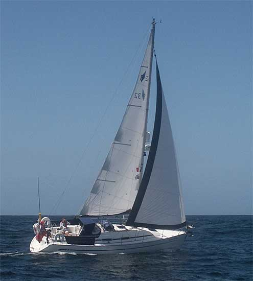 Navalia - Imbarcazione Bavaria 32 2