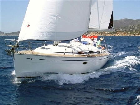 Navalia - Imbarcazione Bavaria 33 Cruiser 3
