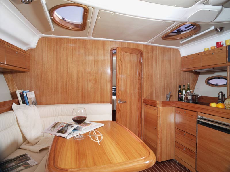 Navalia - Imbarcazione Bavaria 33 Sport 4