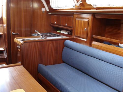 Navalia - Imbarcazione Bavaria Cruiser 34 6