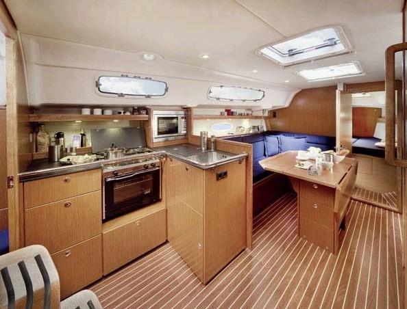 Navalia - Imbarcazione Bavaria 35 Cruiser 5