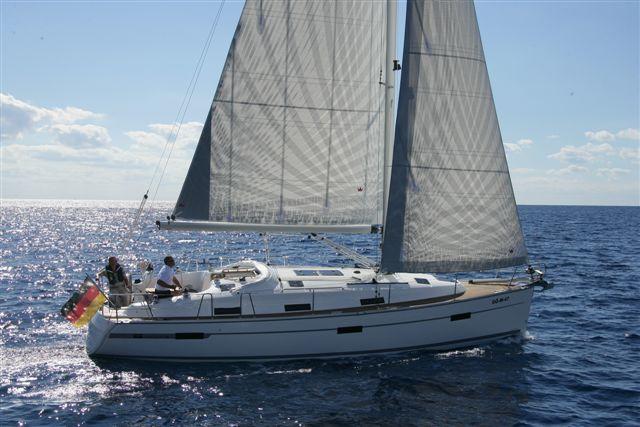 Navalia - Imbarcazione Bavaria 36 Cruiser 4