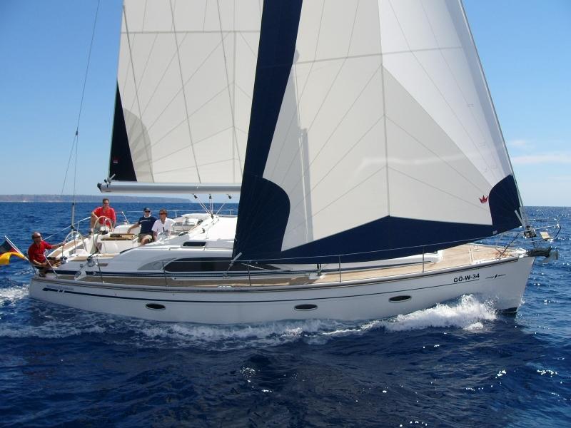 Navalia - Imbarcazione Bavaria 40 Vision 1