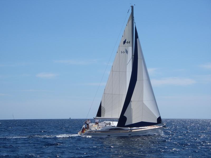 Navalia - Imbarcazione Bavaria 40 Vision 3