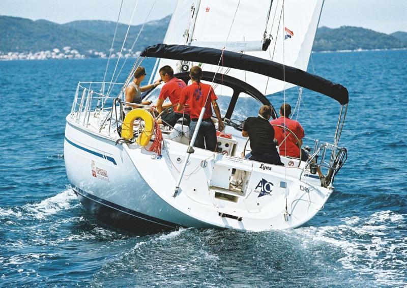 Navalia - Imbarcazione Bavaria 44 2