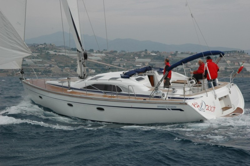 Navalia - Imbarcazione Bavaria 44 Vision 1