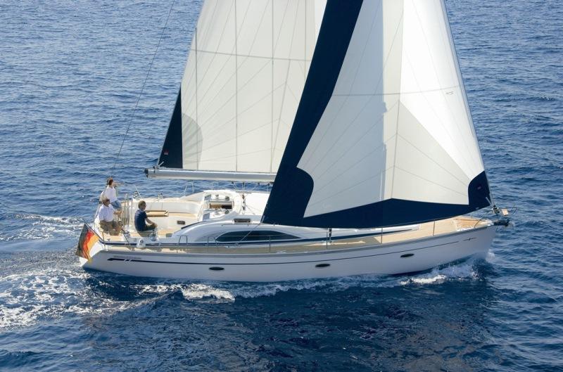 Navalia - Imbarcazione Bavaria 44 Vision 2