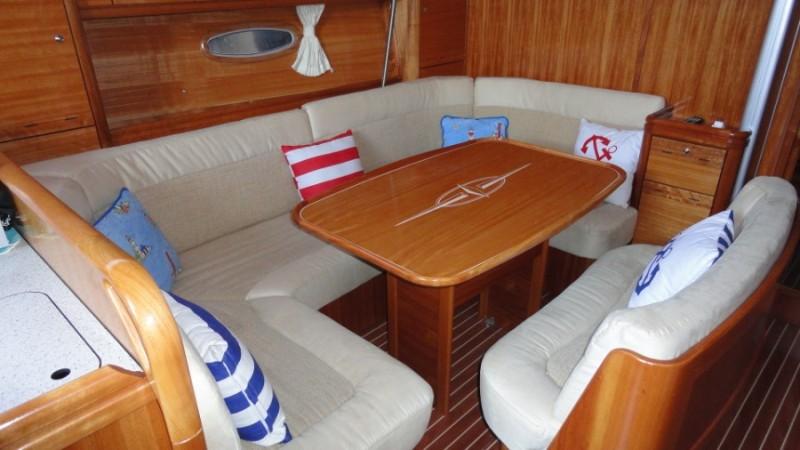 Navalia - Imbarcazione Bavaria 44 Vision 6