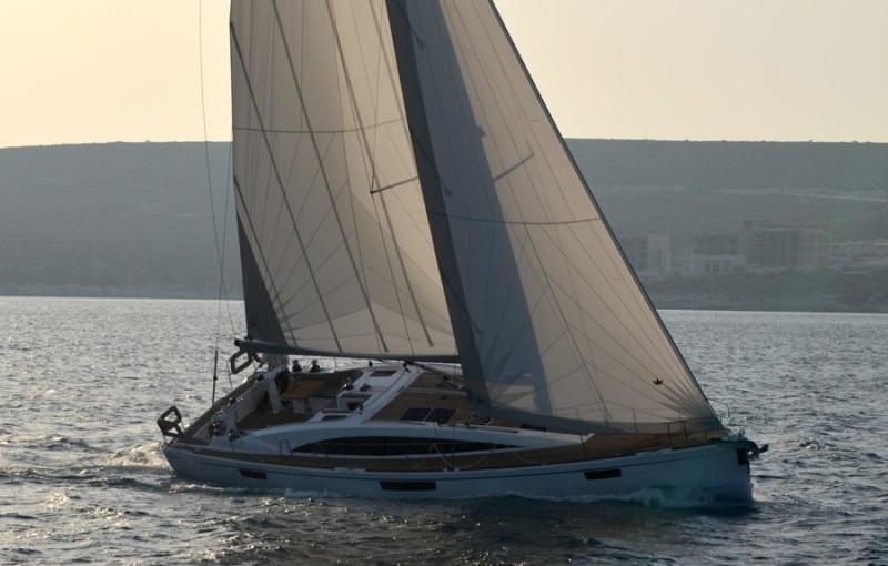 Navalia - Imbarcazione Bavaria 46 Vision 2