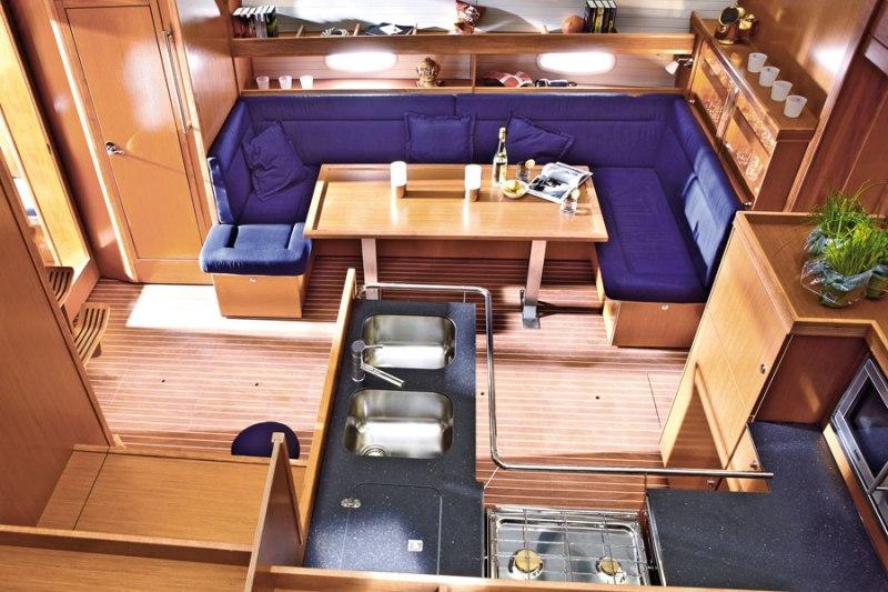 Navalia - Imbarcazione Bavaria 51 Cruiser 5