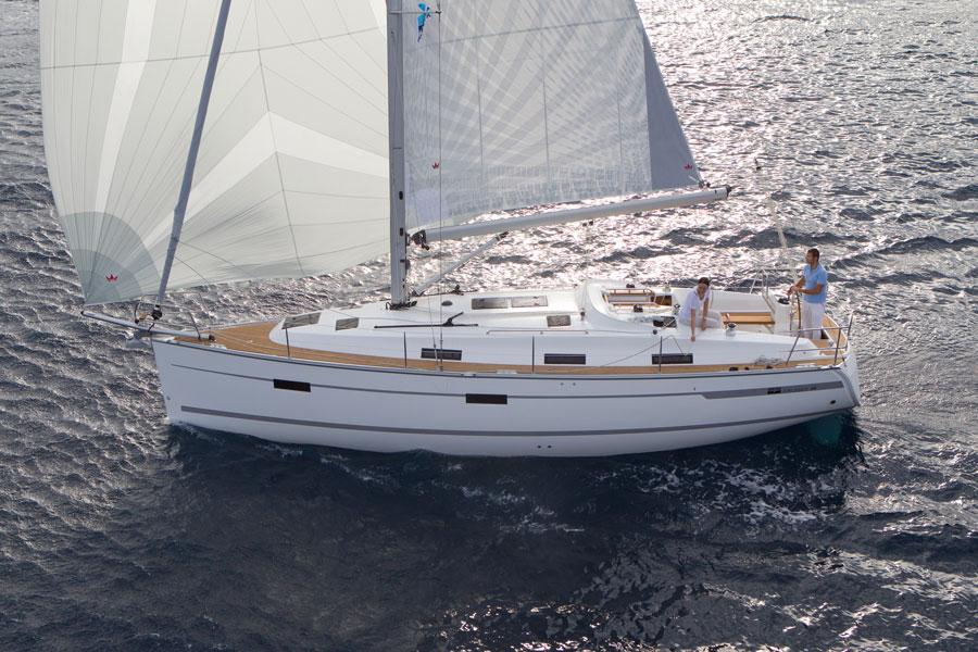 Navalia - Imbarcazione Bavaria Cruiser 36 2