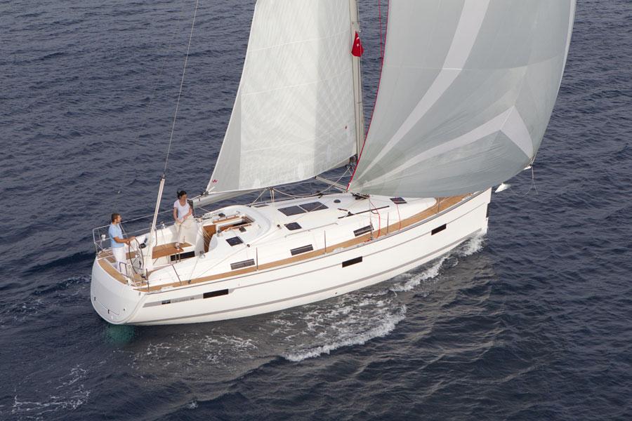 Navalia - Imbarcazione Bavaria Cruiser 36 4