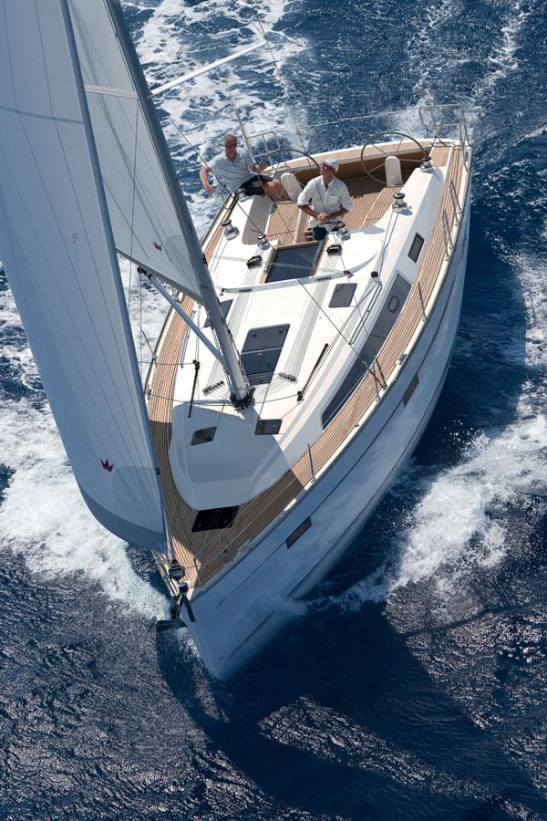 Navalia - Imbarcazione Bavaria Cruiser 41 4