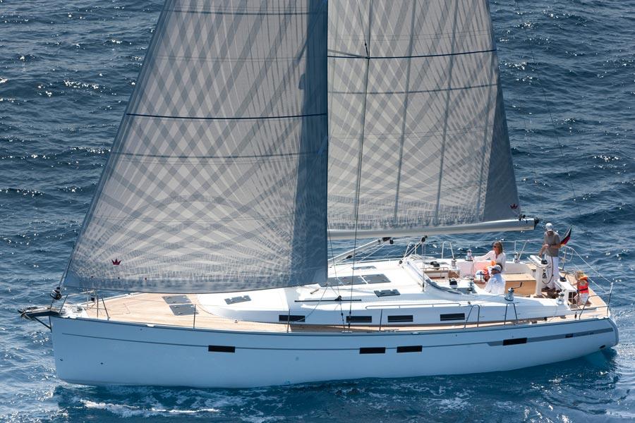 Navalia - Imbarcazione Bavaria Cruiser 45 3