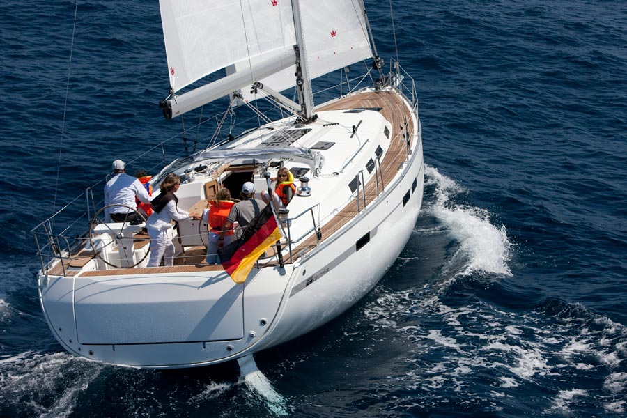 Navalia - Imbarcazione Bavaria Cruiser 45 5