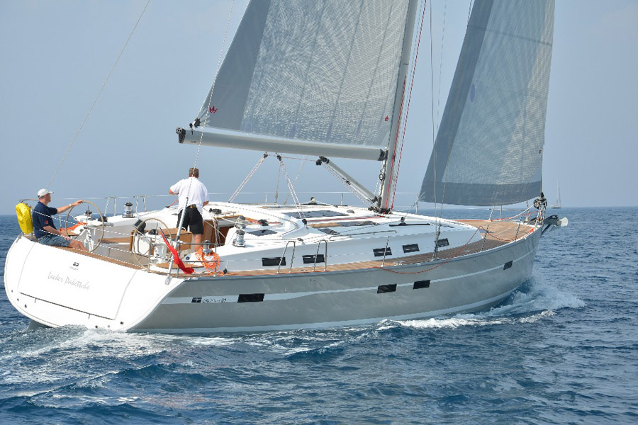 Navalia - Imbarcazione Bavaria Cruiser 50 4