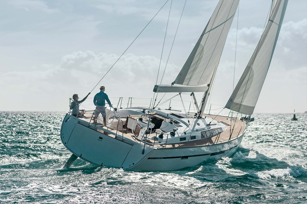 Navalia - Imbarcazione Bavaria Cruiser 56 1