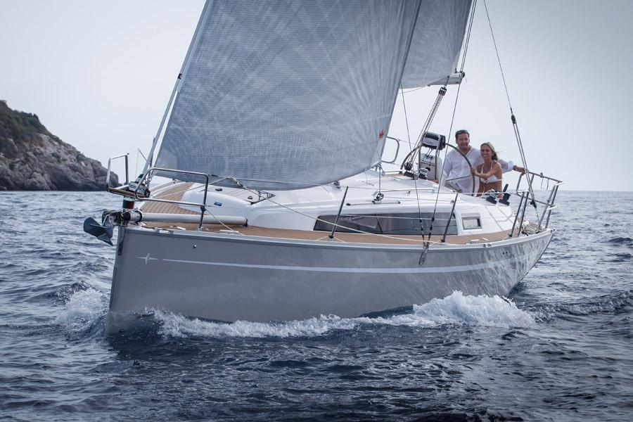 Navalia - Imbarcazione Bavaria Easy 9.7 2