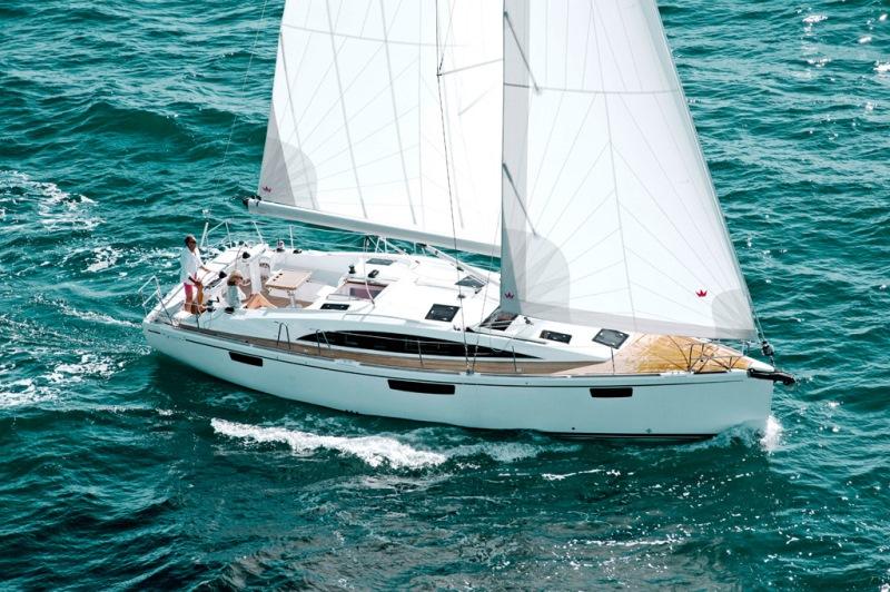 Navalia - Imbarcazione Bavaria Vision 42 2