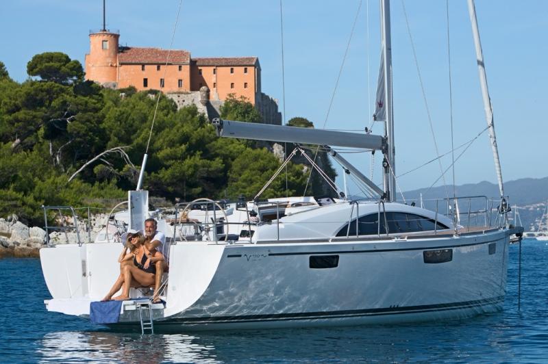 Navalia - Imbarcazione Bavaria Vision 42 3